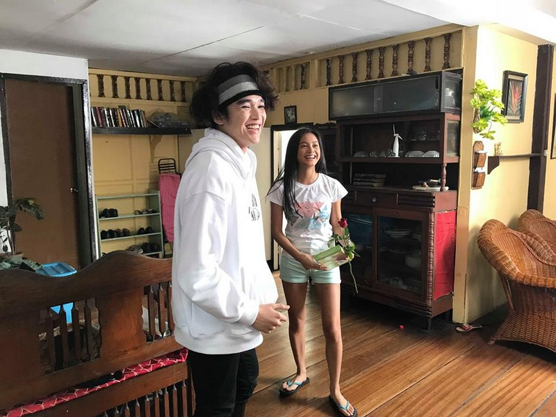 😍😍😍 Ylona gets a surprise from a special someone!